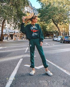 trevligt billigt nya specialerbjudanden hur man köper 7 Best crocs fashion images | Cute outfits, Lazy outfits, Crocs ...