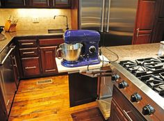 A must! Mixer pull out shelf!
