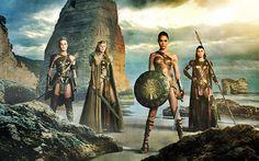 Drowned World: Primer trailer + póster oficial de 'Wonder Woman'