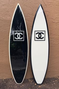 Custom surfboard signs and wall art. Design your custom surfboard today. Custom colors and text. Custom branded surfboards for your product or business. Chanel No 5, Boujee Aesthetic, Summer Aesthetic, Estilo Coco Chanel, Surfboard Decor, Custom Surfboards, Black And White Photo Wall, Snowboard Girl, Girls Football Boots