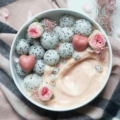 Pink smoothie bowl #food #delicious #lifestyle