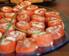 kylmäsavulohirullat Cake Au Lait, Antipasto, Xmas Decorations, Tapas, Shrimp, Gluten, Keto, Snacks, Cooking
