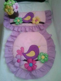 lenceria de baño Bathroom Crafts, Bathroom Sets, Bathroom Stuff, Sewing Box, Minimalist Bedroom, Seat Covers, Felt Crafts, Ideas Para, Baby Car Seats