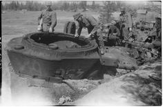 Finland, Ww2, Battle, Diorama Ideas, Tanks, Painting, Happy, Shelled, Painting Art