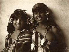 vintage photo north africa flowers and earings