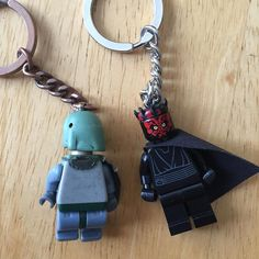 I think it's time to retire my Boba Fett Keychain. I was going to get another one but couldn't pass up on Darth Maul #Lego #legostarwars #starwars #bobafett #darthmaul #legostagram #toystagram #legofan #afol #stuckinplastic #lego_hub #legoland #legomania #legominifigures #minifigure #minifigures #theempirestrikesback #thephantommenace #sith #bountyhunter #mandolorian by lego_fett18
