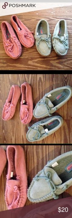 Leather slippers bundle blue 💕💙pink Moon beams You will receive both pairs of slippers. One pink pair one blue pair. Leather both size 10. Used but still very usable thank you moonbeams Shoes Slippers