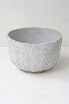 Malinda Reich Bowl no. 069 I like the simplicity of the form. To me, it seems very open, and the pattern is subtle and neat but organic