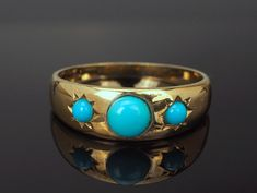 Turquoise Ring, 9k Gold Ring with three cabochon Turquouse stones, 1978