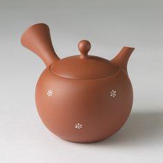 Hello kitty ARITA YAKI Cherry Tea pot 400cc