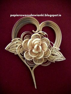 To co robię i co lubię: Serduszko-kurs na papierową różyczkę,wykonaną metodą quillingu
