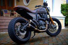 Ducati Scrambler Urban Enduro  #ducatiscrambler #scramblerducati #urbanenduro #scrambler #motolife #motobanker  #fujifilmxpro2