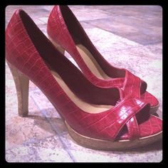 Fioni red peep toe crocodile skin pumps Gorgeous pumps with crocodile skin design. Lightly worn. FIONI Clothing Shoes Heels