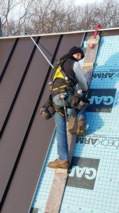 Standing Seam In 2020 Standing Seam Roof Metal Roof Metal Roof Installation