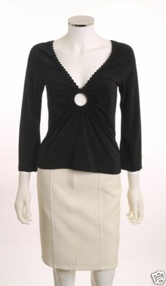 RAMPAGE KEY HOLE AT V-NECK RUCHED FRONT 3/4 LENGTH FLARE SLEEVE BLACK TOP SZ L