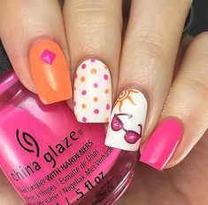 Nail art is a very popular trend these days and every woman you meet seems to have beautiful nails. It used to be that women would just go get a manicure or pedicure to get their nails trimmed and shaped with just a few coats of plain nail polish. Nail Art Cute, Cruise Nails, Nailart, Easter Nail Art, Simple Nail Art Designs, Nail Designs For Summer, Beach Nails, Holiday Nails, Perfect Nails