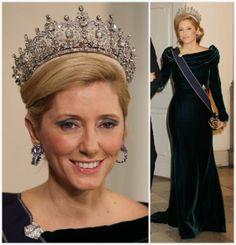 The Royal Order of Sartorial Splendor: My Ultimate Tiara Collection: Queen Sophie's Diamond Tiara-Greek Royal Family Tiara here on Crown Princess Pavlos (Marie-Chantal)