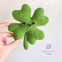 St. Patrick's Day is just around the corner. Here's a fun amigurumi shamrock pattern to help celebrate!