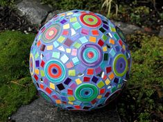 Garden Art by Clare Dohna.  I want this purple globe in my garden!  Now, please.  http://www.claredohna.com/garden_pages/garden8.html