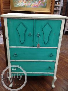 CeCe Caldwellu0027s Clay And Chalk Paint At Ruleforty Two In Staunton, Va |  Painted Furniture Using CeCe Caldwellu0027s Clay And Chalk Paints | Pinterest |  Paint ...