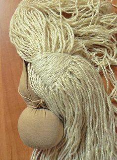 jak udělat vlasy Waldorf panenku