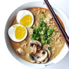 Homemade Spicy Miso Ramen Recipe (Feature)