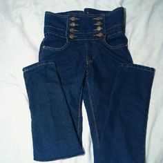 """High waisted super skinny jeans Very cute NWOT jeans, high button up waist with leather lace up in back. No tags but by comparing them to other jeans I'm guessing that they are about 80% cotton and 20% elastane. I want to see them on someone, so if you buy and send me a pic, I'll send you a gift! 24"""" natural waist, 28"""" high waist, 31"""" long, 27"""" inseam, 10"""" ankle, stretches to 12"""". Jeans Skinny"""
