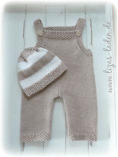 Gestrickte Strampelhose und Mütze aus Bio-Baumwolle von LANA GROSSA Baby Knitting, Crochet Baby, Knit Crochet, Baby Set, Knit World, Baby Overall, Cocktail Gifts, Inexpensive Christmas Gifts, Baby Kind