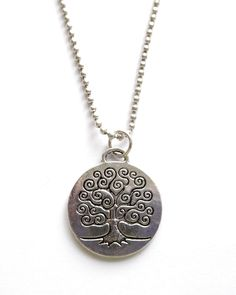 Halsband med livets träd Sweden, Pendants, Necklaces, Pendant Necklace, Lady, Metal, Jewelry, Jewellery Making, Jewels