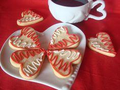Fursecuri inimioare #Dragobete Waffles, Healthy Eating, Sugar, Cookies, Breakfast, Holiday, Easy, Desserts, Food