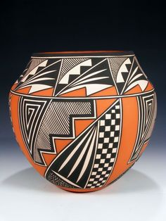 Native American Pottery, Native American Art, Pottery Painting, Pottery Art, Vases, Hand Painted Gourds, Southwestern Art, Pueblo Pottery, Gourd Art