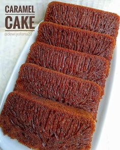 Caramel cake - Image may contain food Indonesian Desserts, Asian Desserts, Indonesian Food, Fall Desserts, Cake Recipes, Snack Recipes, Dessert Recipes, Bolu Cake, Cinnamon Banana Bread