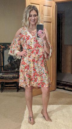 Open Shoulder Floral Dress with Crochet Trim  https://www.kinleerose.com/collections/new-arrivals/products/open-shoulder-floral-dress-with-crochet-trim  #floraldress #plussize #plussizefashion #coldshoulder #kinleeroseboutique