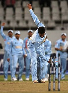 India beat Pakistan in international cricket's first bowl-out (T20 world cup, '07). Of course, the final would be even more dramatic...