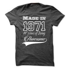 Born In 1971 44 Year Of Being T Shirts, Hoodies. Check price�