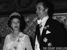 Queen Elizabeth II of the United Kingdom wears Queen Alexandra's Kokoshnik at the Danish state banquet at Windsor Castle, 30 April 1974 Royal Tiaras, Windsor Castle, World Famous, Queen Elizabeth Ii, Banquet, Danish, United Kingdom, Most Beautiful, Princess