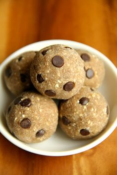 These delicious Chocolate Chip Banana Bread Energy Bites are nut-free, gluten-free, vegan, and taste just like poppable bites of banana bread!