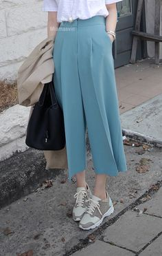 Colored Classic Low Cut Sneakers | Korean Spring Fashion #seoul #cafe #streetstyle