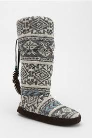 cozy up this #winter Muk Luk #slipper socks