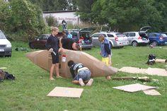 Pappboot-Rennen *** Cardboard boat race