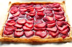 Strawberry tart via @Amy Johnson / She Wears Many Hats