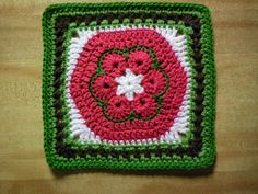 Ravelry: BankerLady's Christmas Cheer That 70s Square
