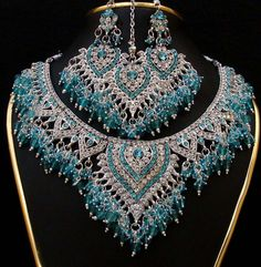 pics of indian jewerly | Antique Indian Bridal Kundan Jewellery Set (11) | FashionCrisp – New ...