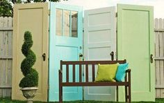 What a cute little privacy fence this would be!