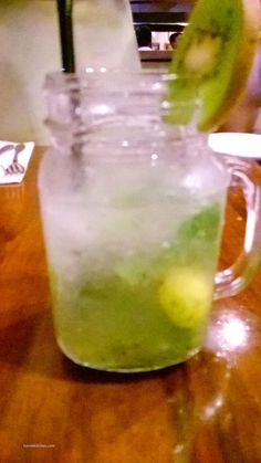 make your own mojito at Hard Rock Cafe Pune - #summerofthelegends