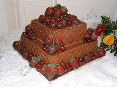 Chocolate cake with grapes? and dipped strawberries. It looks so good! Strawberry Wedding Cakes, Strawberry Dip, Strawberry Cakes, Wedding Cupcakes, Beautiful Wedding Cakes, Gorgeous Cakes, Chocolate Grooms Cake, Chocolate Covered Strawberries, Cute Cakes