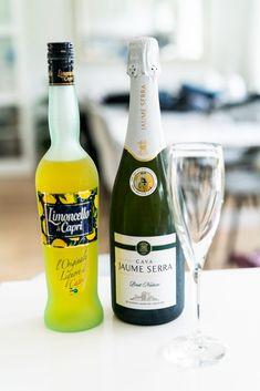 Prosecco Cocktails, Champagne Cocktail, Sangria, Limoncello, Party Mixer, Mini Alcohol Bottles, Alcoholic Drinks, Beverages, Caesar Pasta Salads