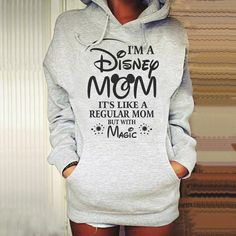 Disney Mom hoodie diy to make Disney Mom Hoodie DIY zu machen Disney World Trip, Disney Trips, Disney Vacations, Outfit For Disney World, Disney Vacation Shirts, Disney Cruise, Diy Disneyland Shirts, Disney Travel, Cute Disney