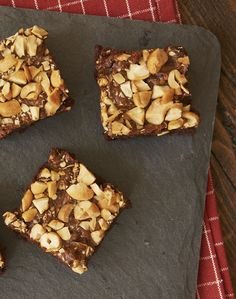Add big flavor to your next batch of brownies with Dulce de Leche Cashew Brownies!