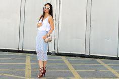Isabel Marant Sandals and Baby Blue Lace Skirt (Burberry Prorsum clon by Zara) / Sandalias de Isabel Marant y Falda de guipur azul pastel (clon de Burberry Prorsum por Zara)